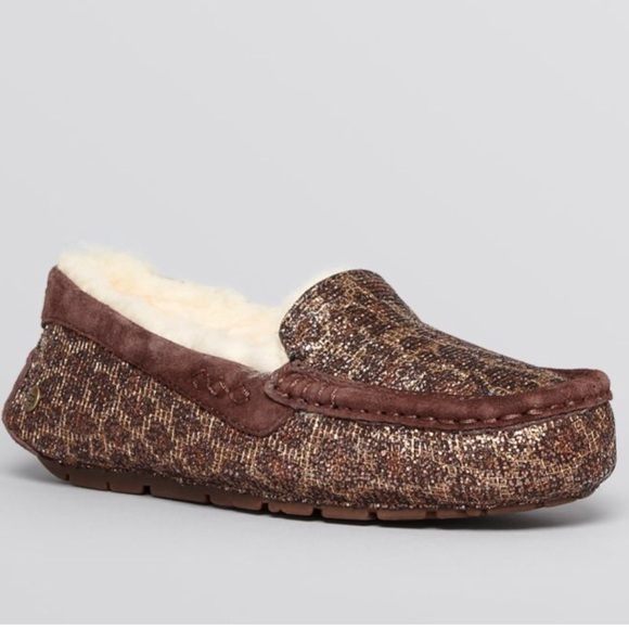 f92380c6013 Ugg Slippers: Ansley Leopard Print Glitter. Size 7